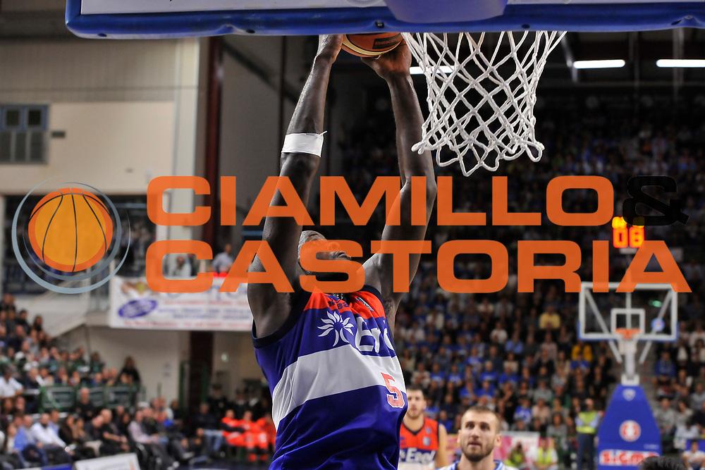 DESCRIZIONE : Campionato 2014/15 Dinamo Banco di Sardegna Sassari - Enel Brindisi<br /> GIOCATORE : Delroy James<br /> CATEGORIA : Schiacciata Sequenza<br /> SQUADRA : Enel Brindisi<br /> EVENTO : LegaBasket Serie A Beko 2014/2015<br /> GARA : Dinamo Banco di Sardegna Sassari - Enel Brindisi<br /> DATA : 27/10/2014<br /> SPORT : Pallacanestro <br /> AUTORE : Agenzia Ciamillo-Castoria / Luigi Canu<br /> Galleria : LegaBasket Serie A Beko 2014/2015<br /> Fotonotizia : Campionato 2014/15 Dinamo Banco di Sardegna Sassari - Enel Brindisi<br /> Predefinita :
