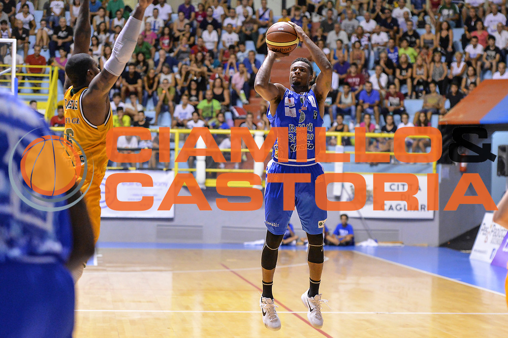 DESCRIZIONE : 5&deg; International Tournament City of Cagliari Dinamo Banco di Sardegna Sassari - Limoges CSP<br /> GIOCATORE : MarQuez Haynes<br /> CATEGORIA : Tiro Tre Punti Three Point<br /> SQUADRA : Dinamo Banco di Sardegna Sassari<br /> EVENTO : 5&deg; International Tournament City of Cagliari<br /> GARA : Dinamo Banco di Sardegna Sassari - Limoges CSP Torneo Citt&agrave; di Cagliari<br /> DATA : 18/09/2015<br /> SPORT : Pallacanestro <br /> AUTORE : Agenzia Ciamillo-Castoria/L.Canu