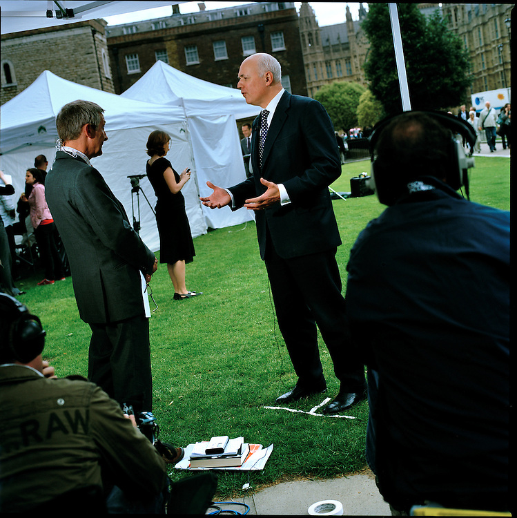 'A Beautiful Relationship' is a five-year personal project exploring the relationship between the press and politicians on a small patch of land in London, during the life of one Parliament.