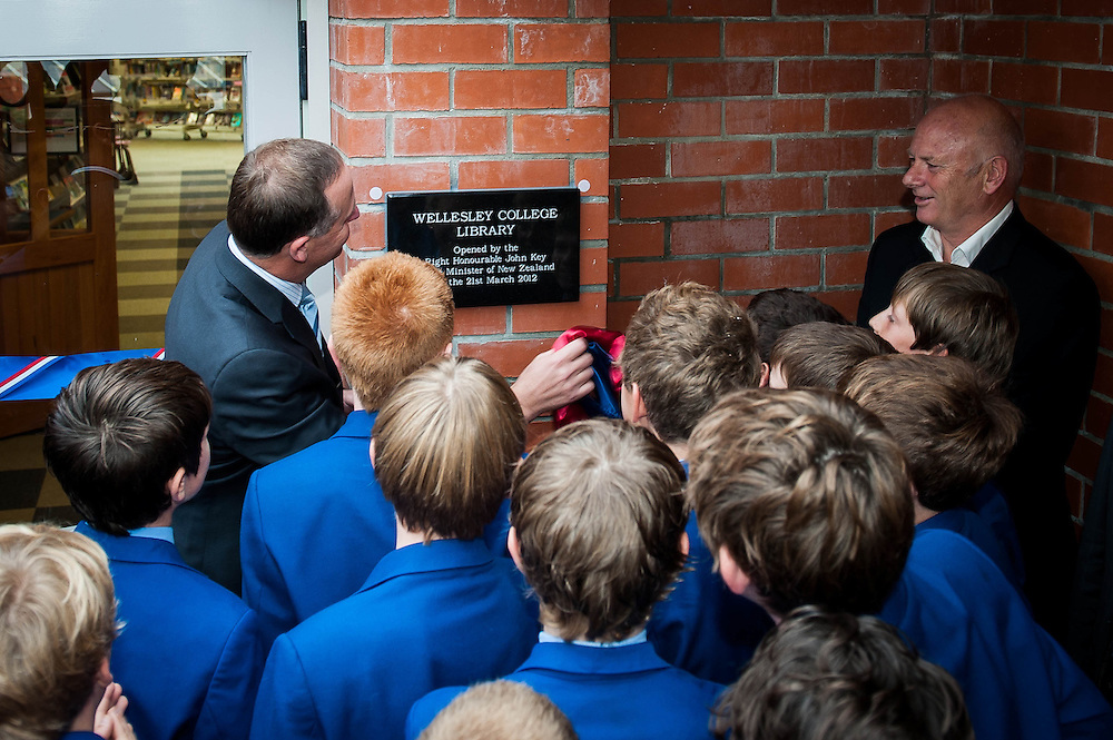 Wellesley College library plaque is revealed by Rt. Hon. John Key, Prime Minister along with students and author Lloyd Jones. Wednesday 21st March 2012...Photo by Mark Tantrum | www.marktantrum.com