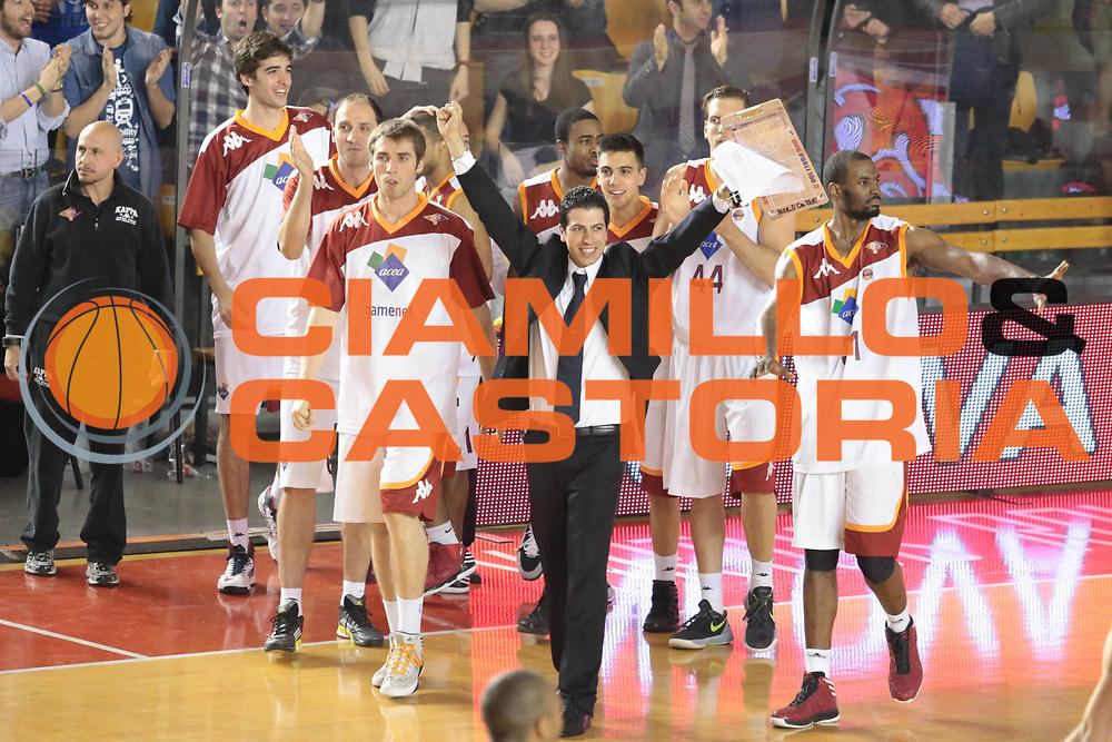 DESCRIZIONE : Roma Lega A 2012-2013 Acea Roma Lenovo Cantu playoff semifinale gara 1<br /> GIOCATORE : team tifosi<br /> CATEGORIA : esultanza<br /> SQUADRA : Acea Roma<br /> EVENTO : Campionato Lega A 2012-2013 playoff semifinale gara 1<br /> GARA : Acea Roma Lenovo Cantu<br /> DATA : 24/05/2013<br /> SPORT : Pallacanestro <br /> AUTORE : Agenzia Ciamillo-Castoria/M.Simoni<br /> Galleria : Lega Basket A 2012-2013  <br /> Fotonotizia : Roma Lega A 2012-2013 Acea Roma Lenovo Cantu playoff semifinale gara 1<br /> Predefinita :