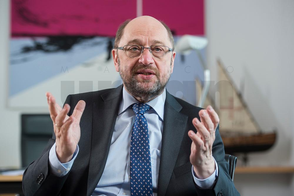 27 FEB 2017, BERLIN/GERMANY:<br /> Martin Schulz, SPD, desig. Parteivorsitzender und Kanzlerkandidat, waehrend einem Interview, in seinem Beuro, Willy-Brandt-Haus<br /> IMAGE: 20170227-01-027