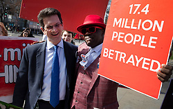 © Licensed to London News Pictures. 26/03/2019. London, UK. Conservative MP Steve Baker talks to Brexit supporters outside Parliament. Photo credit: Peter Macdiarmid/LNP