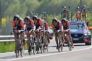39° Giro del Trentino Melinda  1 TAPPA CRONOSQUADRE RIVA DEL GARDA ARCO 13.30KM  Nippo Fantini Vini, 21-04-2015 © foto Daniele Mosna
