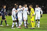 Contestation Maxime GONALONS / Clement TURPIN - 08.02.2015 - Lyon / Paris Saint Germain - 24eme journee de Ligue 1<br /> Photo : Jean Paul Thomas / Icon Sport