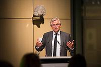 DEU, Deutschland, Germany, Berlin, 22.11.2017: ZDF-Chefredakteur Dr. Peter Frey bei der Verleihung des Deutschen Sozialpreises 2017 der Bundesarbeitsgemeinschaft der Freien Wohlfahrtspflege.