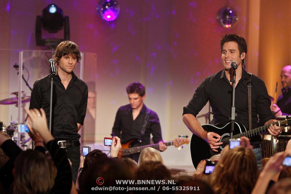 NLD/Hilversum/20101216 - Uitreiking Sterren.nl Awards, Optreden Nick & Simon