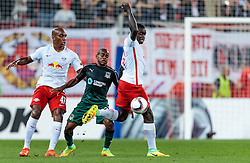 15.09.2016, Red Bull Arena, Salzburg, AUT, UEFA EL, FC Red Bull Salzburg vs FC Krasnodar, Gruppe I, 1. Runde, im Bild Andre Wisdom (FC Red Bull Salzburg), Joaozinho (FC Krasnodar), Dayot Upamecano (FC Red Bull Salzburg) // during the UEFA Europa League, group I, 1st round match betweenFC Red Bull Salzburg and FC Krasnodar at the Red Bull Arena in Salzburg, Austria on 2016/09/15. EXPA Pictures © 2016, PhotoCredit: EXPA/ JFK