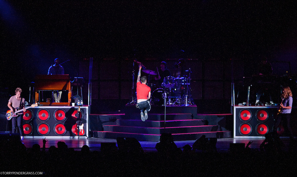 "Adam Levine, Matt Flynn (drums), PJ Morton (keys), Michael Madden (L), James Valentine (R) of Maroon 5 perform in support of their new album ""Hands All Over"" on July 25, 2011 at the Hollywood Bowl in Los Angelesr, California"