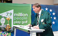 BRUSSEL- GOLF- EGA president Antti Peltoniemi during EGA Golf Course Committee Exhibition of Golf at European Parliament.  FOTO KOEN SUYK