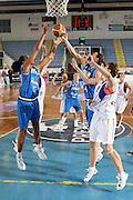 DESCRIZIONE : Porto San Giorgio Torneo Internazionale Basket Femminile Italia Serbia<br /> GIOCATORE : Marte Alexander Adriana Grasso<br /> SQUADRA : Nazionale Italia Donne<br /> EVENTO : Porto San Giorgio Torneo Internazionale Basket Femminile<br /> GARA : Italia Serbia<br /> DATA : 29/05/2009 <br /> CATEGORIA : rimbalzo<br /> SPORT : Pallacanestro <br /> AUTORE : Agenzia Ciamillo-Castoria/E.Castoria