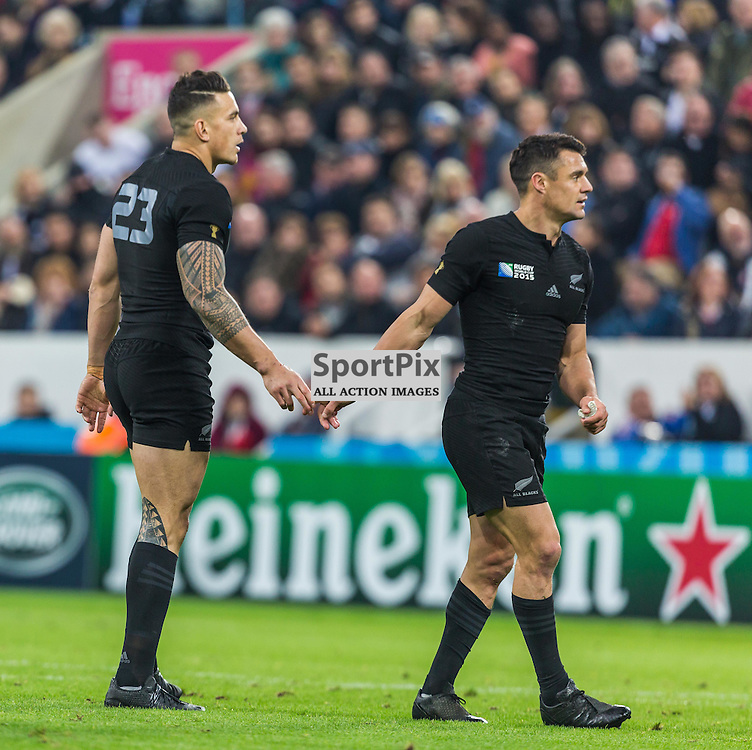 Sonny Bill Williams and Daniel Carter in action during the Rugby World Cup match between New Zealand and Tonga (c) ROSS EAGLESHAM | Sportpix.co.uk
