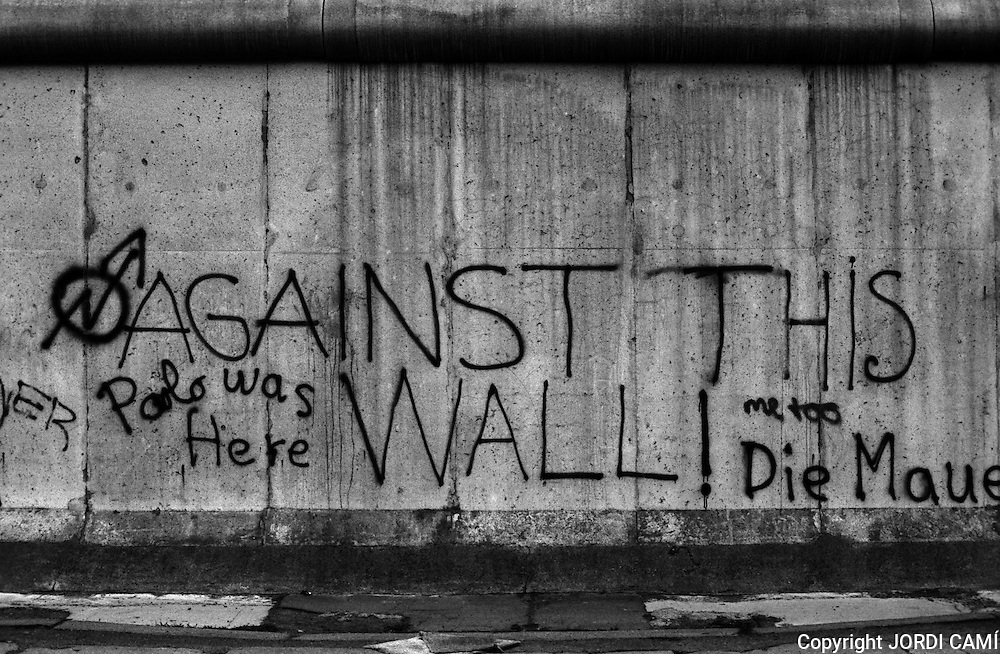 Graffiti on Berlin Wall, 1983. Berlin, Germany.<br />