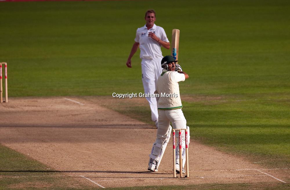 Pakistan batsman Yasir Hameed hits England bowler Stuart Broad for six during the third npower Test Match between England and Pakistan at The Oval. Photograph: Graham Morris/cricketpix.com (Tel: +44 (0)20 8969 4192; Email: sales@cricketpix.com) Ref. No. 10470k44  18/08/10