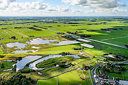 Nederland, Noord-Holland, Gemeente Ouder-Amstel, 27-09-2015. Natuurreservaat Botshol en Fort Botshol (onderdeel van de Stelling van Amsterdam). Moeras- en plassengebied, onstaan door vervening. Natura 2000-gebied, stiltegebied.<br /> Nature area and fortress Botshol. Swamp and lake area result of digging of peat. Natura 2000 site, sanctuary.<br /> luchtfoto (toeslag op standard tarieven);<br /> aerial photo (additional fee required);<br /> copyright foto/photo Siebe Swart