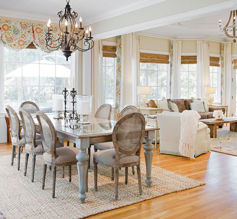 Savannah Beautiful Dining Room, Open to living room
