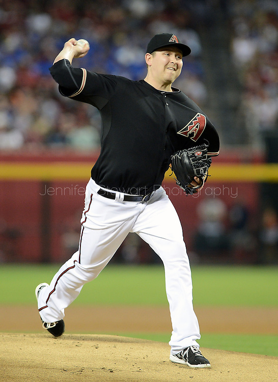 PHOENIX, AZ - JUNE 08:  Starting pitcher Trevor Cahill #35 of the Arizona Diamondbacks pitches against the San Francisco Giants in the first inning at Chase Field on June 8, 2013 in Phoenix, Arizona.  (Photo by Jennifer Stewart/Getty Images) *** Local Caption *** Trevor Cahill