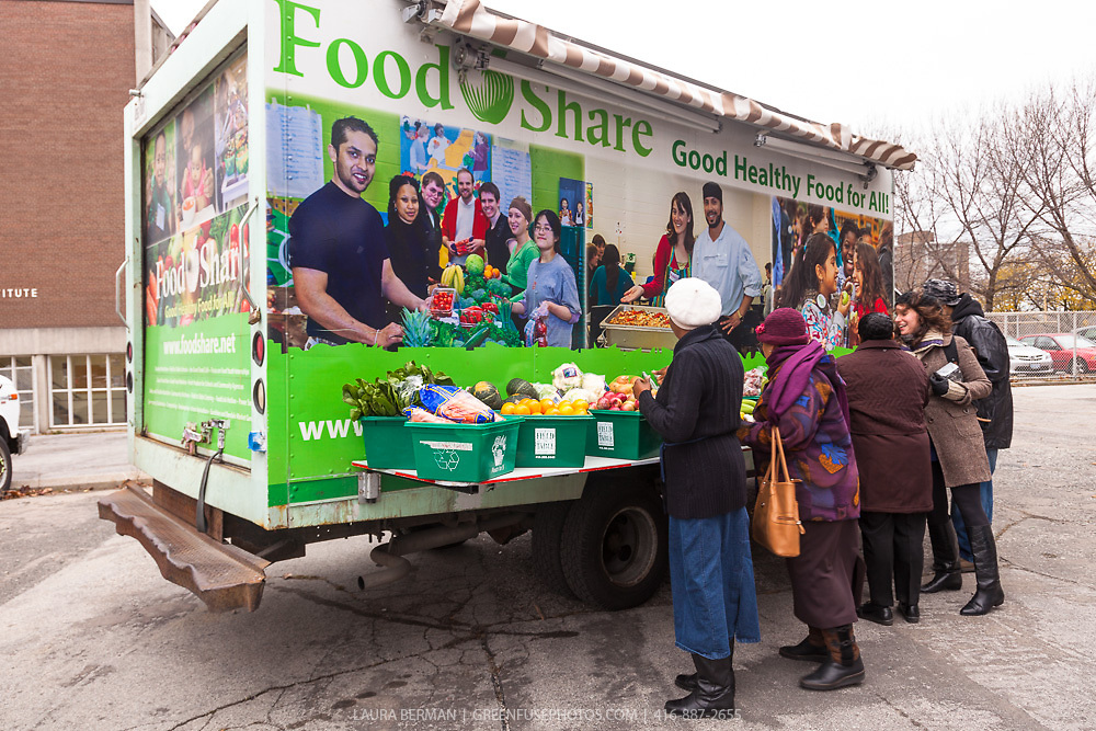FoodShare's Mobile Good Food Market
