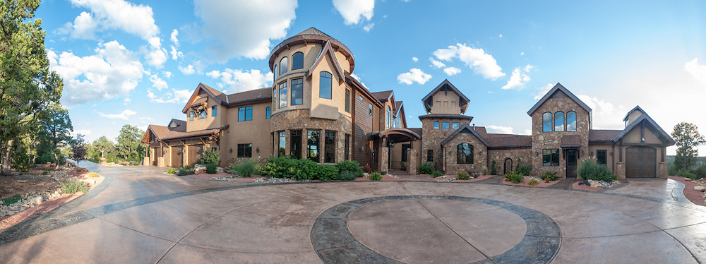 East Zion ranches mansion. Architecture.