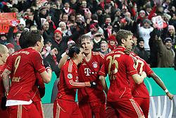 27.02.2013, Allianz Arena, Muenchen, GER, 1. FBL, FC Bayern Muenchen vs Borussia Dortmund, DFB Cup, Viertelfinale, im Bild Torjubel von Arjen ROBBEN #10 (FC Bayern Muenchen), Mario MANDZUKIC #9 (FC Bayern Muenchen), Philipp LAHM #21 (FC Bayern Muenchen), Bastian SCHWEINSTEIGER #31 (FC Bayern Muenchen) und Thomas MUELLER #25 (FC Bayern Muenchen) // during the German Bundesliga DFB Cup quarterfinals match between FC Bayern Munich and Borussia Dortmund at the Allianz Arena, Munich, Germany on 2013/02/27,, , , , . EXPA Pictures © 2013, PhotoCredit: EXPA/ Eibner/ Kolbert..***** ATTENTION - OUT OF GER *****