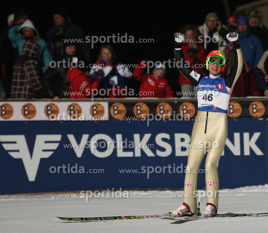 11.02.2011, Vikersundbakken, Vikersund, NOR, FIS Ski Skiflying World Cup, Vikersund, Qualification, im Bild Jubel bei Johan Remen Evensen nach seinem Weltrekordflug auf 246,5 Meter // Johan Remen Evensen celebrate in after his world record flight to 246.5 meters, EXPA/ Newspix/ TADEUSZ MIECZYNSKI +++++ ATTENTION - FOR AUSTRIA/ AUT, SLOVENIA/ SLO, SERBIA/ SRB an CROATIA/ CRO, SWISS/ SUI and SWEDEN/ SWE CLIENT ONLY +++++
