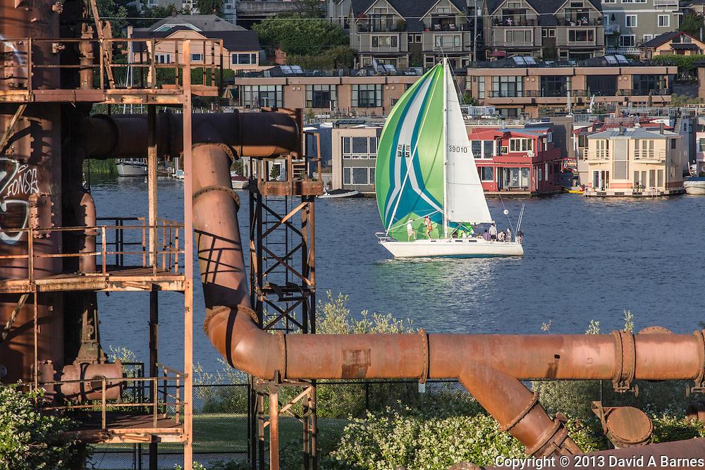 United States, Washington, Seattle, Lake Union, Gasworks Park, Houseboats, sailbaot flying spinnnaker