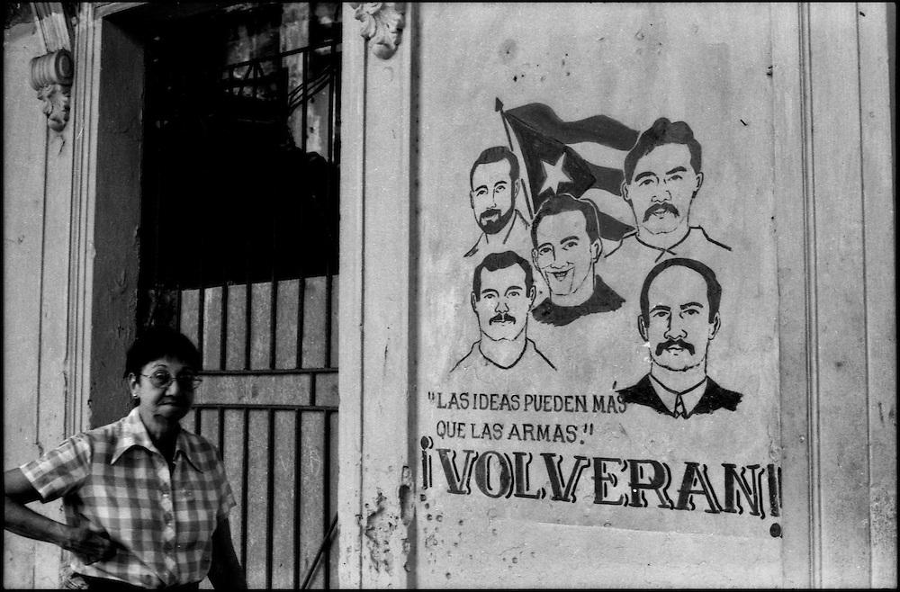 MISCELÁNEAS<br /> Photography by Aaron Sosa<br /> La Habana - Cuba 2007<br /> (Copyright © Aaron Sosa)
