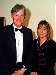 VISCOUNT & VISCOUNTESS WINDSOR at a dinner in London on 1st November 1999.MYJ 26