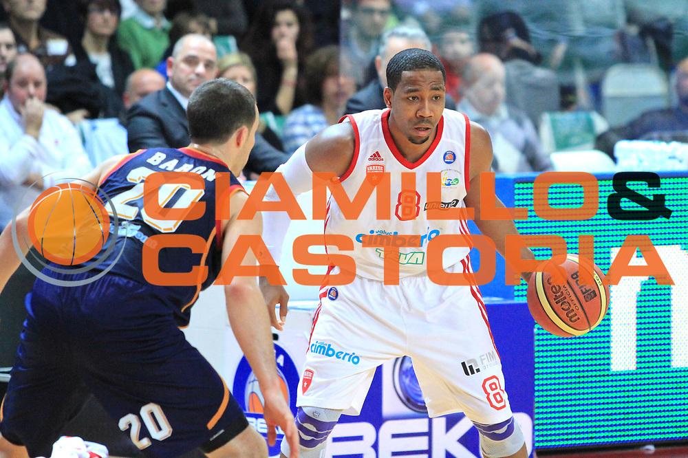 DESCRIZIONE : Varese Lega A 2013-14 Cimberio Varese vs Acea  Roma<br /> GIOCATORE : Keydren Clark<br /> CATEGORIA : Palleggio<br /> SQUADRA : Cimberio Varese<br /> EVENTO : Campionato Lega A 2013-2014<br /> GARA : Cimberio Varese Acea Roma<br /> DATA : 12/01/2014<br /> SPORT : Pallacanestro <br /> AUTORE : Agenzia Ciamillo-Castoria/I.Mancini<br /> Galleria : Lega Basket A 2012-2013  <br /> Fotonotizia : Cimberio Varese  Lega A 2013-14 Cimberio Varese vs Acea Roma<br /> Predefinita :