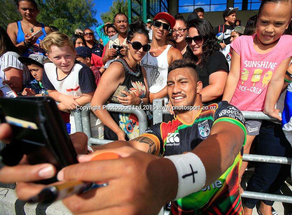 Warrior's players take selfies with fans. NRL trial match, Vodafone Warriors vs Penrith Panthers, International Stadium, Rotorua, New Zealand. Saturday, 14 February, 2015. Photo: John Cowpland / www.photosport.co.nz