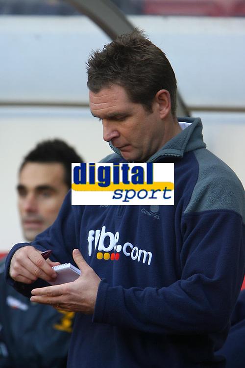 Photo: Andrew Unwin.<br />Sunderland v Norwich City. Coca Cola Championship. 02/12/2006.<br />Norwich's Peter Grant.