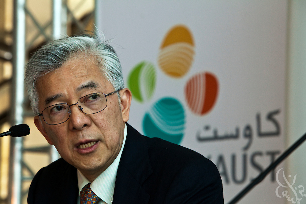 King Abdullah University of Science and Technology (KAUST) President Choon Fong Shih addresses a crowd of invited journalists and professionals during a September 23, 2009 press conference to celebrate the inaugural of the KASUT campus. KAUST is an international, graduate-level research university dedicated to inspiring a new age of scientific achievement in the Kingdom that will also benefit the region and the world. (Photo by Scott Nelson).