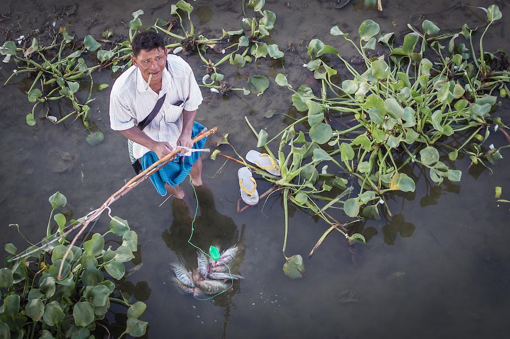 Flip Flop Fisherman | Mandalay, Myanmar