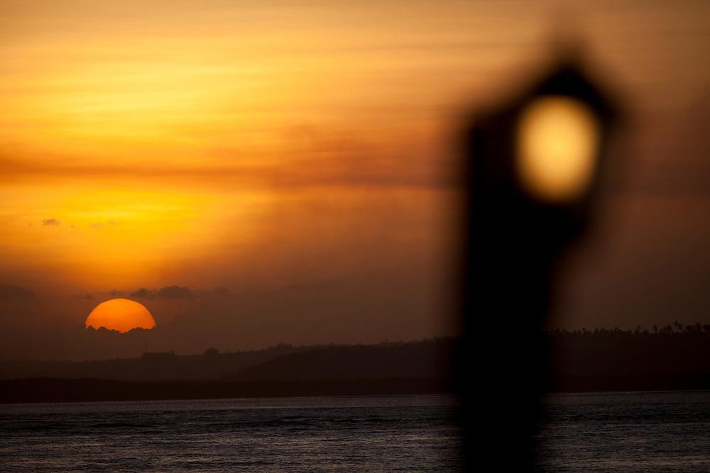 Tibau do Sul_RN, Brasil...Na foto, por do sol na Lagoa de Guarairas em Tibau do Sul, Rio Grande do Norte...The sunset in Guarairas Lake in Tibau do Sul, Rio Grande do Sul, Rio Grande do Norte...Foto: LEO DRUMOND / NITRO