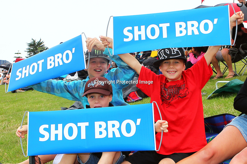 Young fans during the HRV Cup match between the Northern Knight v Wellington Firebirds. Men's domestic one day cricket. Blake Park, Mt Maunganui, New Zealand. 4 January 2012. Ella Brockelsby / photosport.co.nz