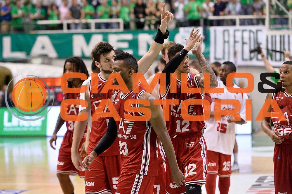 DESCRIZIONE : Siena Lega A 2013-14 Montepaschi Siena vs EA7 Emporio Armani Milano playoff Finale gara 3<br /> GIOCATORE : Team<br /> CATEGORIA : Delusione<br /> SQUADRA : EA7 Emporio Armani Milano<br /> EVENTO : Finale gara 3 playoff<br /> GARA : Montepaschi Siena vs EA7 Emporio Armani Milano playoff Finale gara 3<br /> DATA : 19/06/2014<br /> SPORT : Pallacanestro <br /> AUTORE : Agenzia Ciamillo-Castoria/GiulioCiamillo<br /> Galleria : Lega Basket A 2013-2014  <br /> Fotonotizia : Siena Lega A 2013-14 Montepaschi Siena vs EA7 Emporio Armani Milano playoff Finale gara 3<br /> Predefinita :