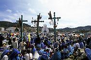 = sunday market  in Chamula Indian village  Chiapas  Mexico    /// marché du dimanche dans le village indien de Chamula  Chiapas  Mexique  +