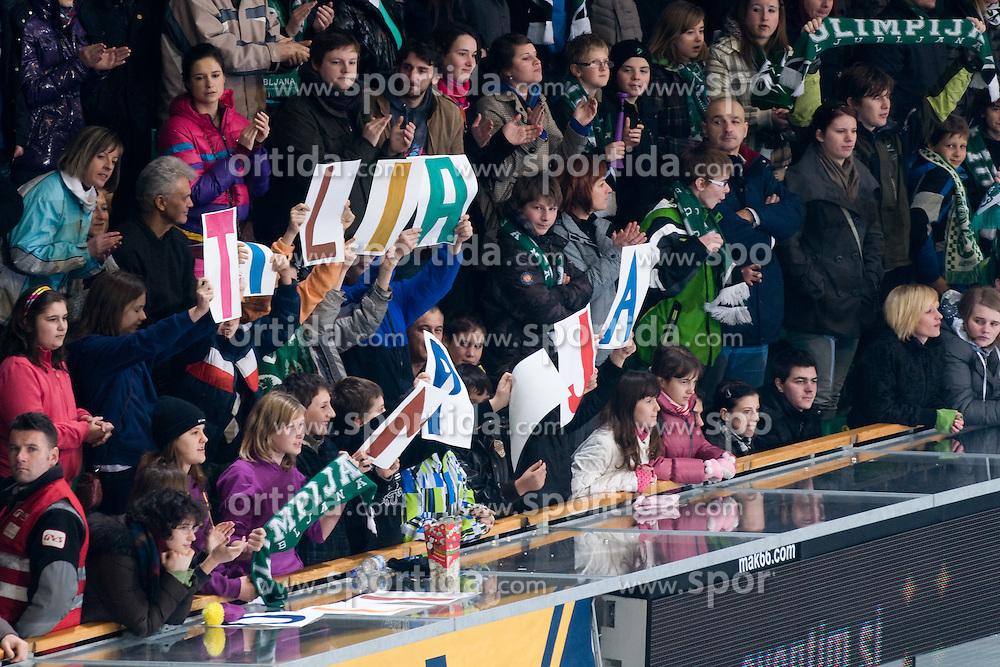 Fans during ice-hockey match between HDD Tilia Olimpija and HK Acroni Jesenice in 41st Round of EBEL league, on Januar 23, 2011 at Hala Tivoli, Ljubljana, Slovenia. (Photo By Matic Klansek Velej / Sportida.com)