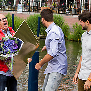 NLD/Volendam/20140620 -Presentatie 'Herinneringen' Dvd box Nick & Simon, uitreiking platina dvd's voor 1 miljoen verkochte albums