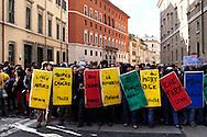 Roma 24 Novembre 2010.Manifestazione degli studenti universitari contro il Ddl Gelmini  e contro  i tagli all'università e alla ricerca.. Demonstration of university students  against  Ddl Gelmini and against cuts to university and research.
