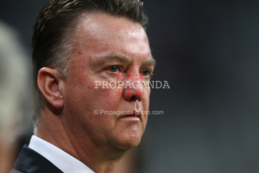 29.10.2010, Allianz Arena, Muenchen, GER, 1.FBL, FC Bayern Muenchen vs SC Freiburg, im Bild Louis van Gaal (Trainer Bayern)  , EXPA Pictures © 2010, PhotoCredit: EXPA/ nph/  Straubmeier+++++ ATTENTION - OUT OF GER +++++