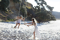 ivy & porcha family photos at otama beach on the coromandel coromandel photographer felicity jean photography portrait photography