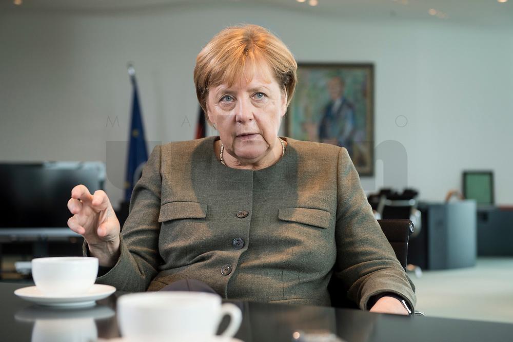 13 SEP 2017, BERLIN/GERMANY:<br /> Angela Merkel, CDU, Bundeskanzlerin, waehrend einem Interview, in Ihrem Buero, Bundeskanzlerin<br /> IMAGE: 20170917-01-005<br /> KEYWORDS: Büro