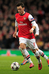 19.02.2014, Emirates Stadion, London, ENG, UEFA CL, FC Arsenal vs FC Bayern Muenchen, Achtelfinale, im Bild Mesut Oezil (Arsenal FC #11), Aktion, Action // during the UEFA Champions League Round of 16 match between FC Arsenal and FC Bayern Munich at the Emirates Stadion in London, Great Britain on 2014/02/19. EXPA Pictures © 2014, PhotoCredit: EXPA/ Eibner-Pressefoto/ Schueler<br /> <br /> *****ATTENTION - OUT of GER*****