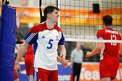 20170524 NED: 2018 FIVB Volleyball World Championship qualification, Koog aan de Zaan<br />Arnaud Maroldt (5) of Luxembourg<br />©2017-FotoHoogendoorn.nl / Pim Waslander