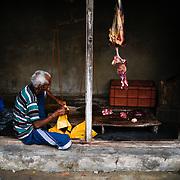 Een lokale slager in de provincie Kerala, India
