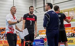 25-09-2016 NED: EK Kwalificatie Nederland - Turkije, Koog aan de Zaan<br /> Scheidsrechter geeft een gele kaart aan Turkije en Gokhan Gokgoz #7 en Coach Zanini is er niet helemaal mee eens, protest