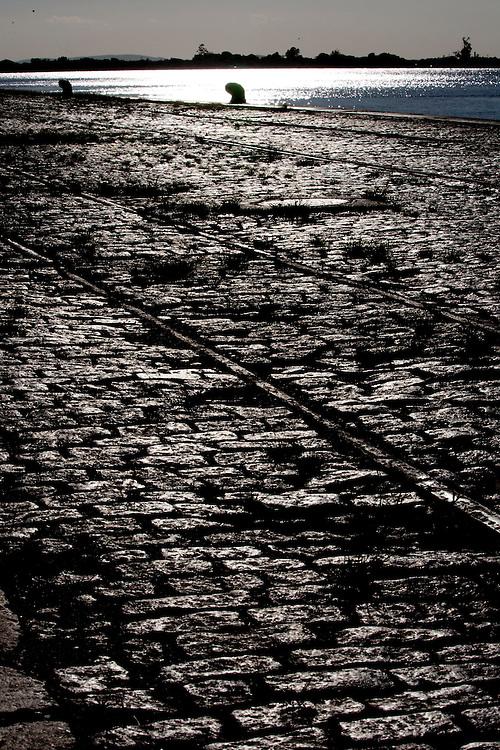 Porto Alegre_RS, Brasil...Cais Rio Guaiba em Porto Alegre, Rio Grande do Sul...Quay of the Guaiba river in Porto Alegre, Rio Grande do Sul...Foto: MARCUS DESIMONI / NITRO