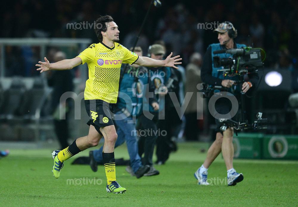 FUSSBALL      DFB POKAL FINALE       SAISON 2011/2012 Borussia Dortmund - FC Bayern Muenchen   12.05.2012 Jubel Mats Hummels (Borussia Dortmund)