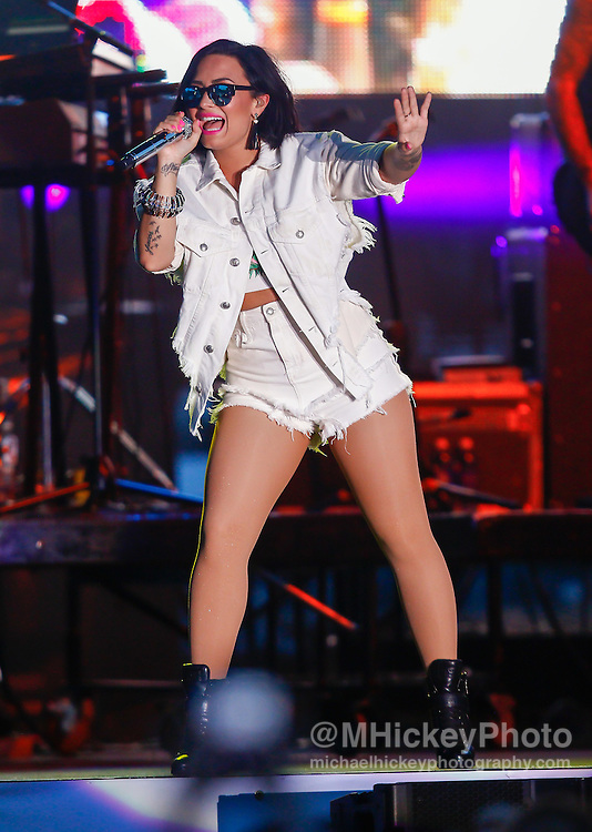 CINCINNATI - JUL 11: Demi Lovato performs during the 2015 MLB All-Star Concert at Paul Brown Stadium on July 11, 2015 in Cincinnati, Ohio. (Photo by Michael Hickey/Getty Images) *** Local Caption *** Demi Lovato